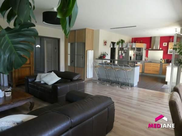 acheter maison 7 pièces 185 m² charmes photo 3