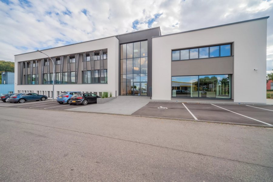 büro mieten 0 schlafzimmer 93.16 m² mertzig foto 1