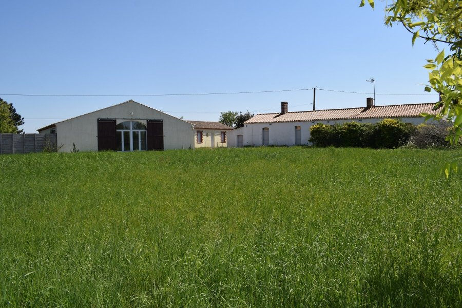 acheter maison 8 pièces 376 m² saint-jean-de-monts photo 1