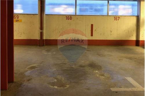 Garage fermé à louer à Luxembourg-Gare