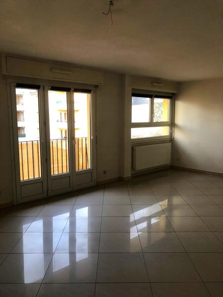 louer appartement 3 pièces 82 m² yutz photo 2