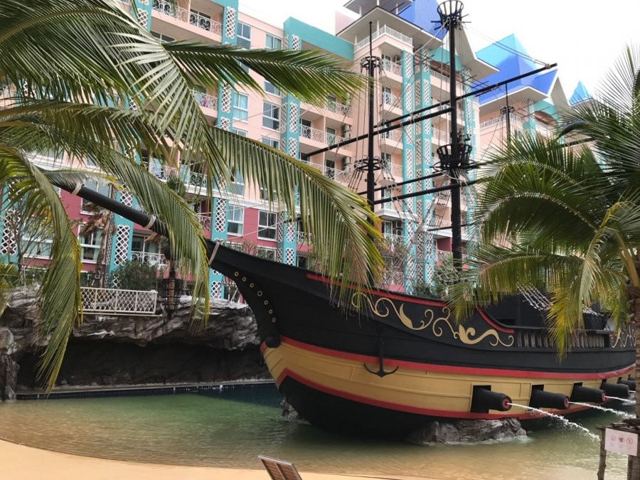 Appartement à louer 2 chambres à PATTAYA - JOMTIEN - Grand Carribean Residence