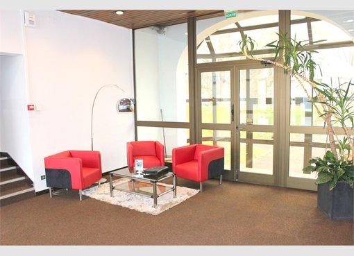location bureau f4 strasbourg bas rhin r f 5150748. Black Bedroom Furniture Sets. Home Design Ideas