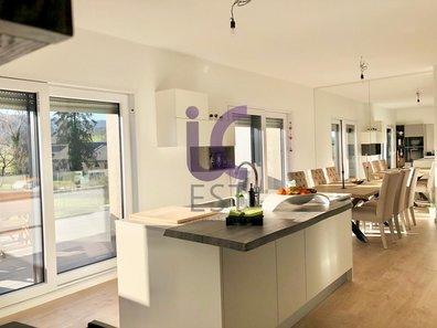 House for sale 4 bedrooms in Moutfort - Ref. 6658332