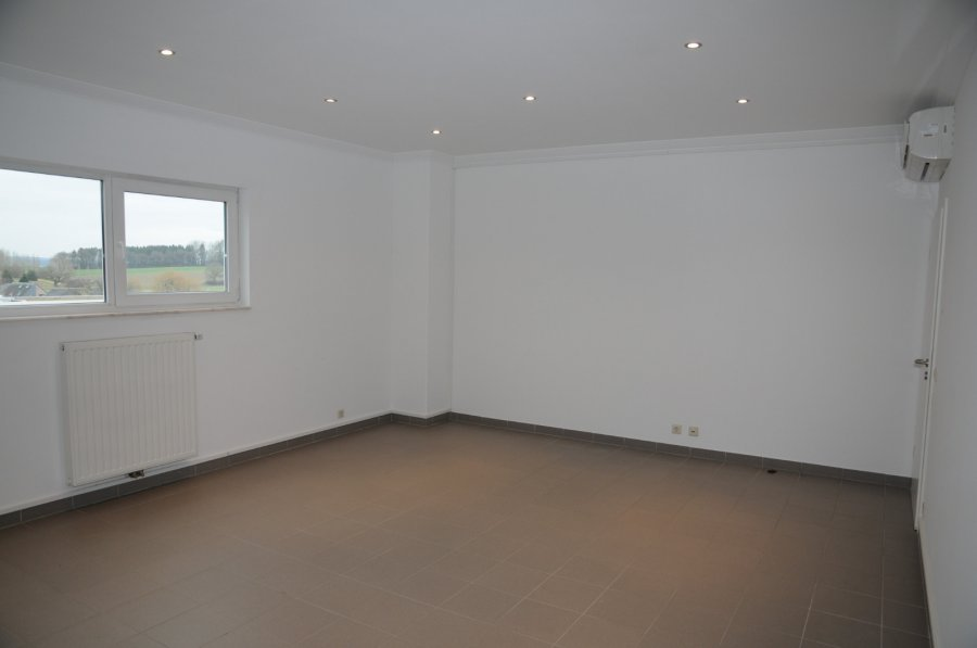 office for rent 0 bedroom 25 m² crauthem photo 1