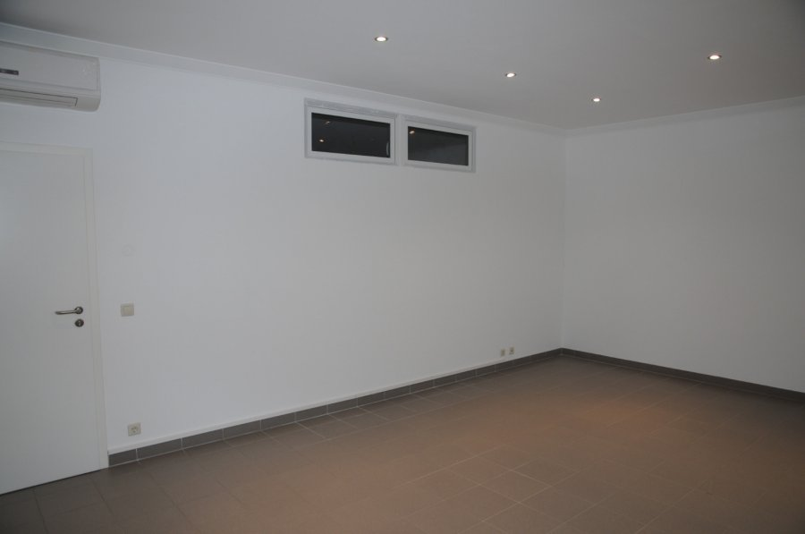 office for rent 0 bedroom 25 m² crauthem photo 3