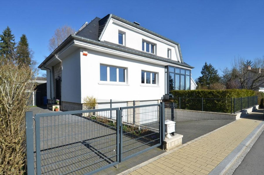 detached house for buy 5 bedrooms 225 m² bridel photo 2