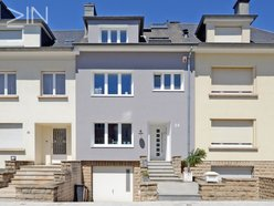 House for rent 5 bedrooms in Luxembourg-Gasperich - Ref. 3207244