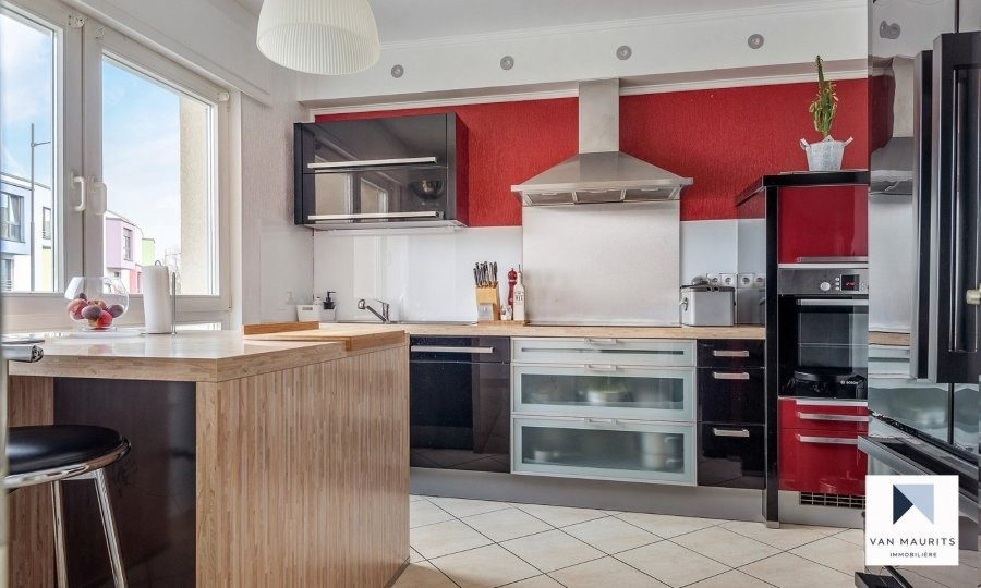 Maison à vendre 4 chambres à Luxembourg-Cents