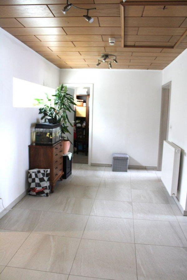 Maison jumelée à vendre 4 chambres à Steinsel