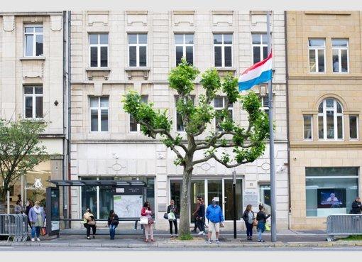 bureau louer luxembourg lu r f 5089868. Black Bedroom Furniture Sets. Home Design Ideas