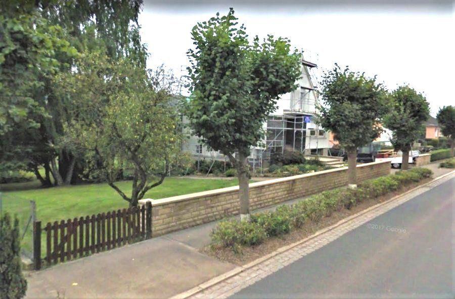 Terrain constructible à vendre à Niederfeulen