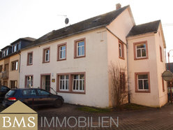 Investment building for sale 7 rooms in Bettingen - Ref. 7134044