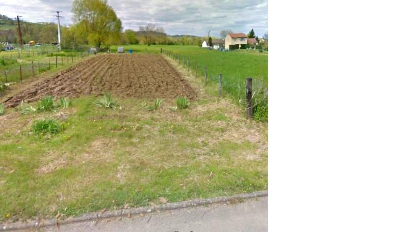 Terrain constructible à vendre à Leyr
