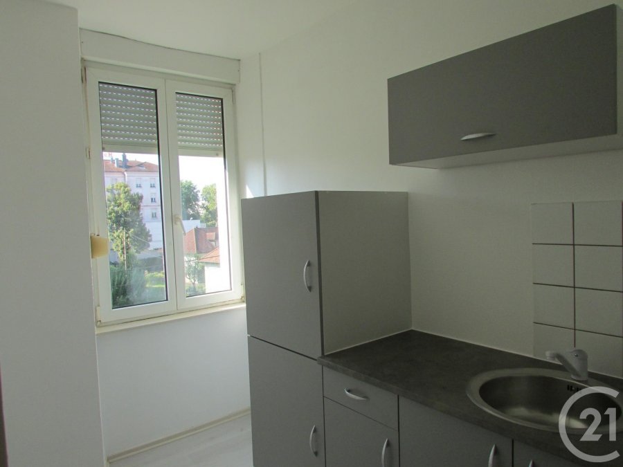 louer appartement 1 pièce 24 m² vittel photo 3