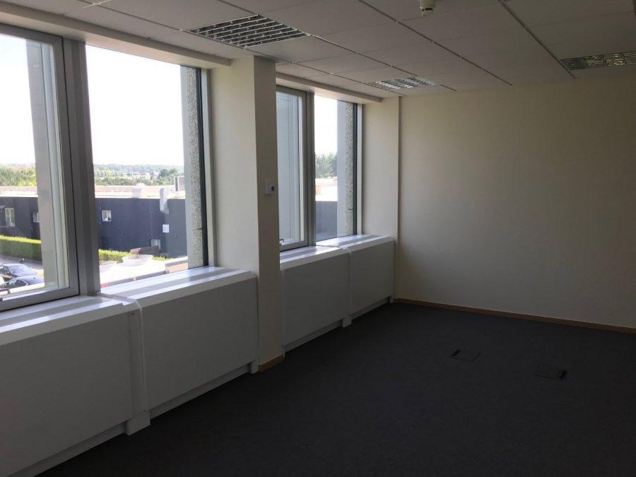 louer bureau 0 chambre 343 m² strassen photo 3