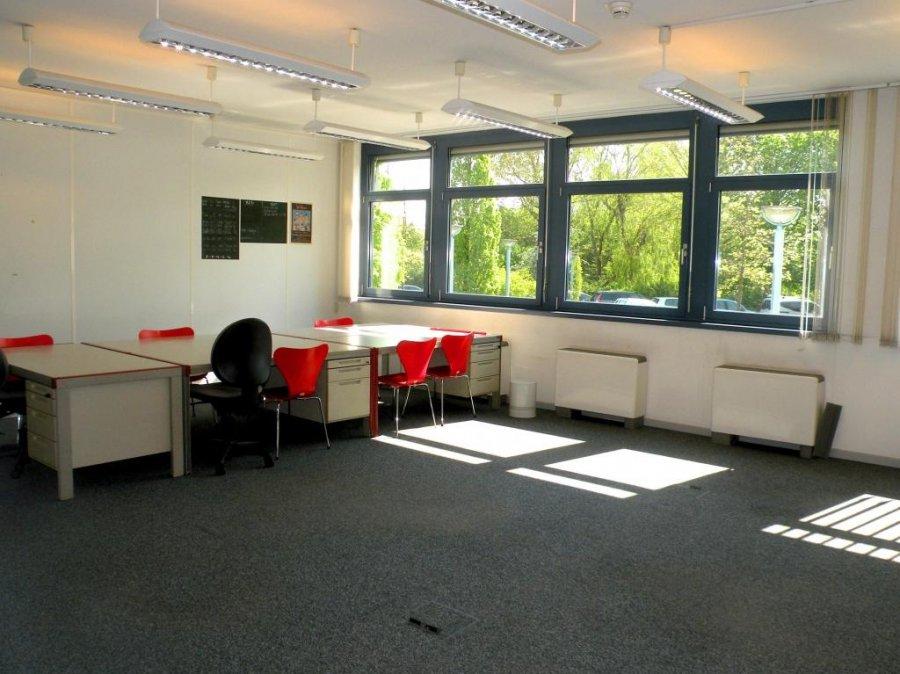 louer bureau 0 chambre 716 m² bertrange photo 4