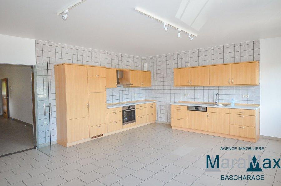 wohnung mieten 4 schlafzimmer 180 m² bascharage foto 3