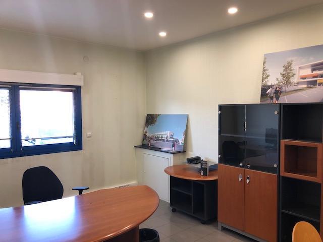 louer bureau 0 pièce 770 m² metz photo 6