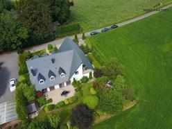 Villa à vendre 7 Chambres à Eselborn - Réf. 5830796