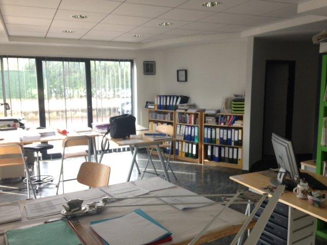 louer bureau 2 pièces 62 m² creutzwald photo 1