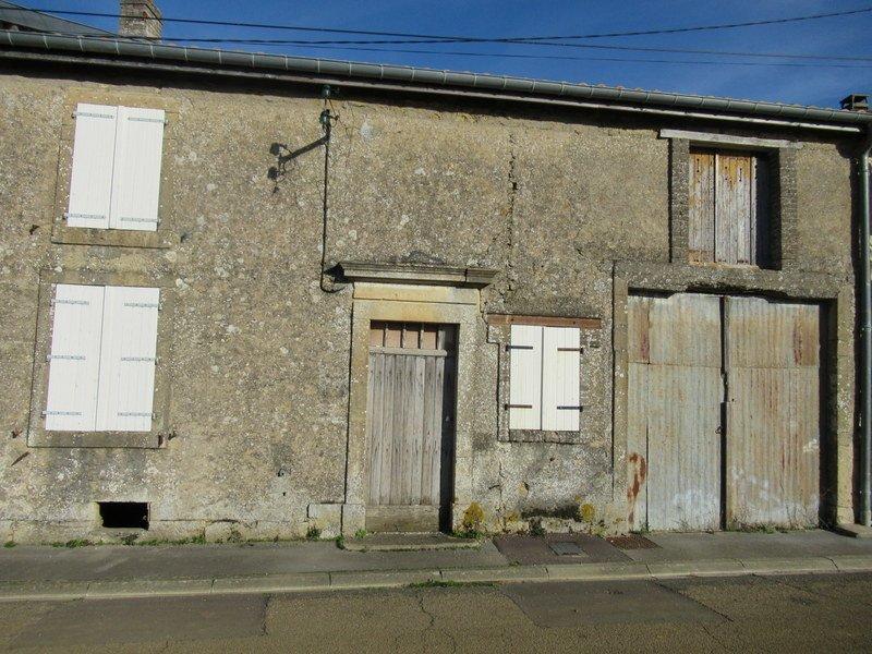 Corps de ferme à vendre F8 à Gondrecourt-Aix