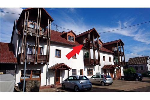 wohnung kaufen 2 zimmer 50 m² losheim foto 1