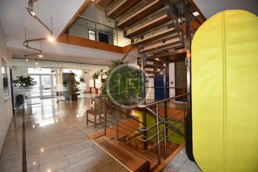 louer bureau 0 chambre 14 m² windhof photo 2