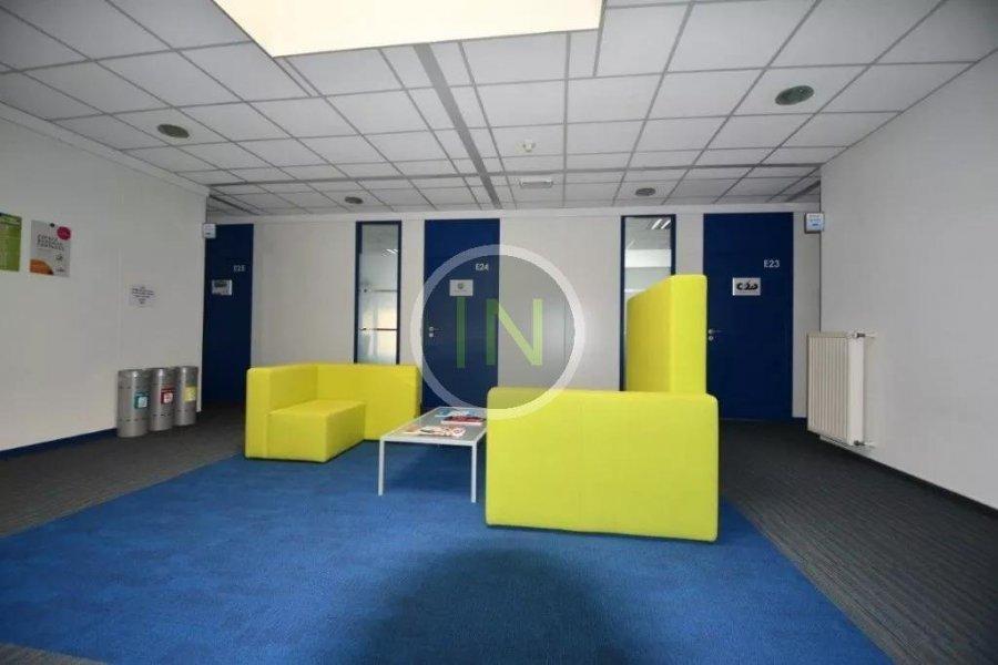 louer bureau 0 chambre 14 m² windhof photo 4
