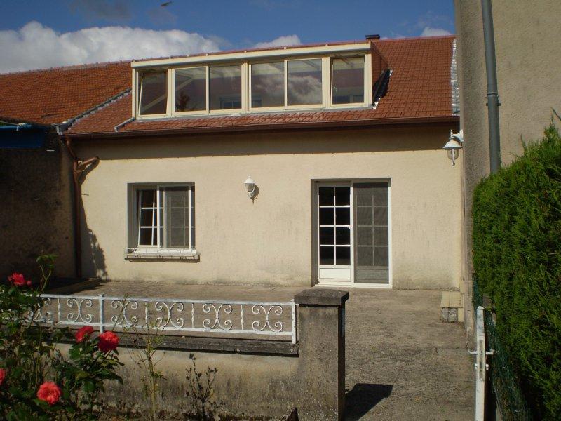 Maison à louer F6 à Bazoncourt