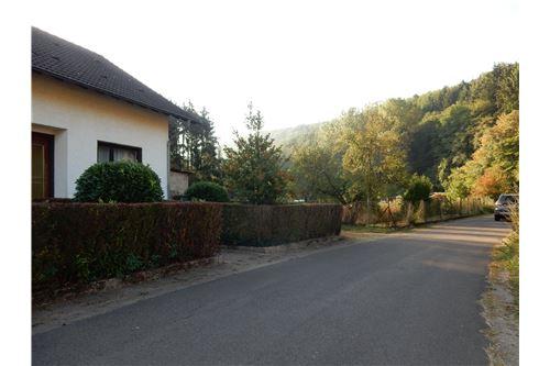 haus kaufen 7 zimmer 153 m² wadern foto 3