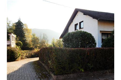 haus kaufen 7 zimmer 153 m² wadern foto 4
