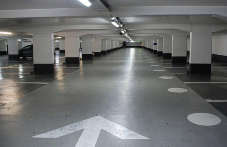Garage ouvert à louer à Bertrange