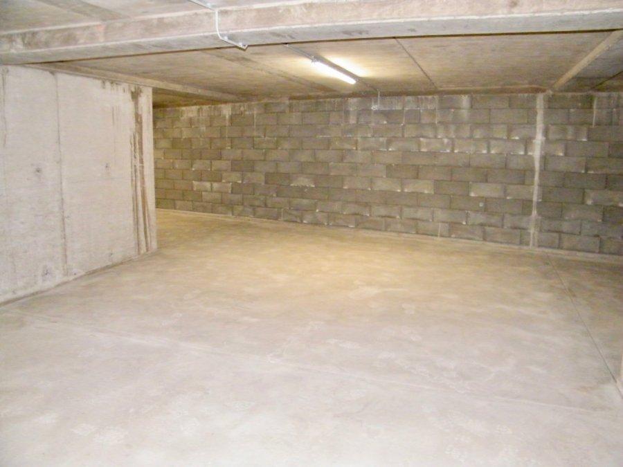Garage fermé à louer à Schifflange