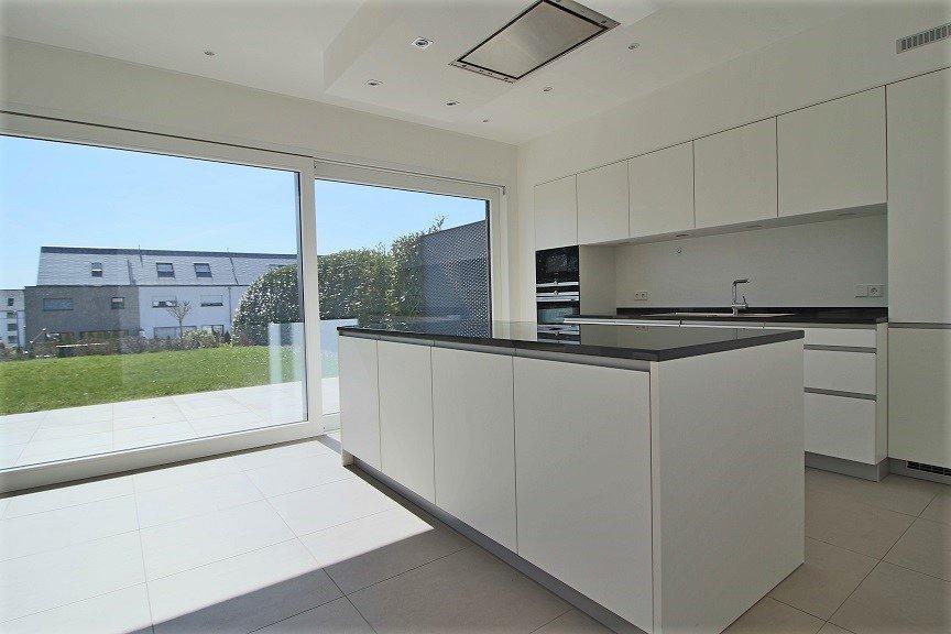 doppelhaushälfte mieten 7 schlafzimmer 300 m² bertrange foto 3