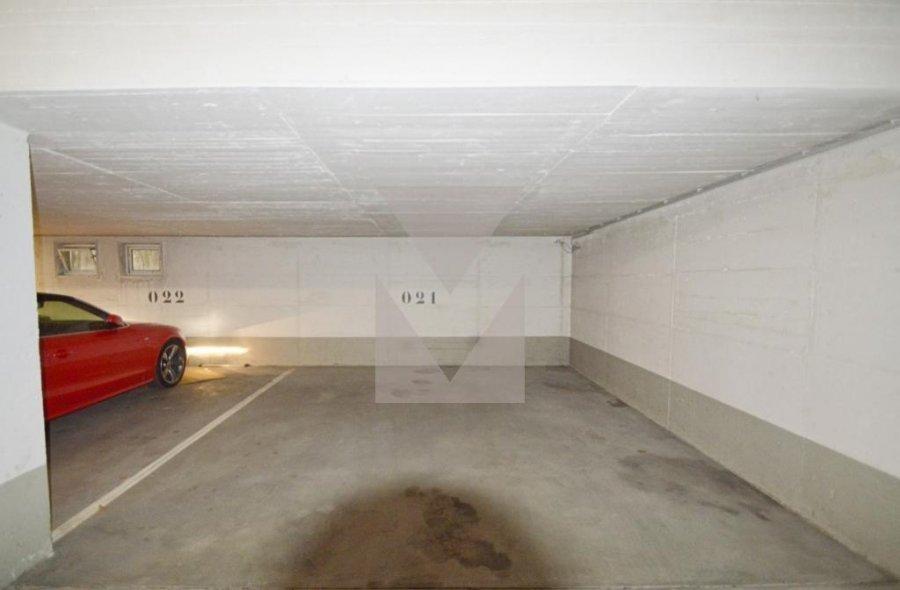 louer garage-parking 0 chambre 0 m² bridel photo 3