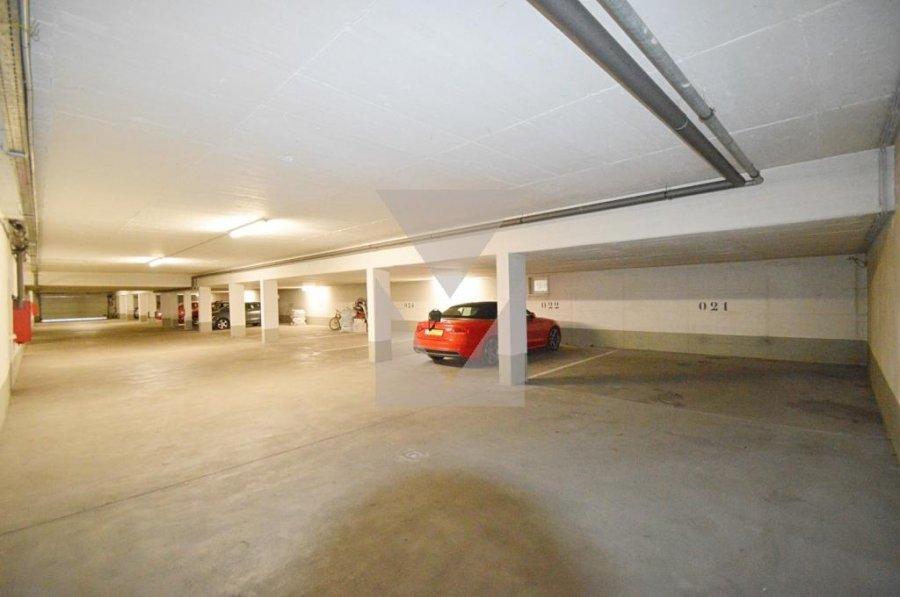 louer garage-parking 0 chambre 0 m² bridel photo 2