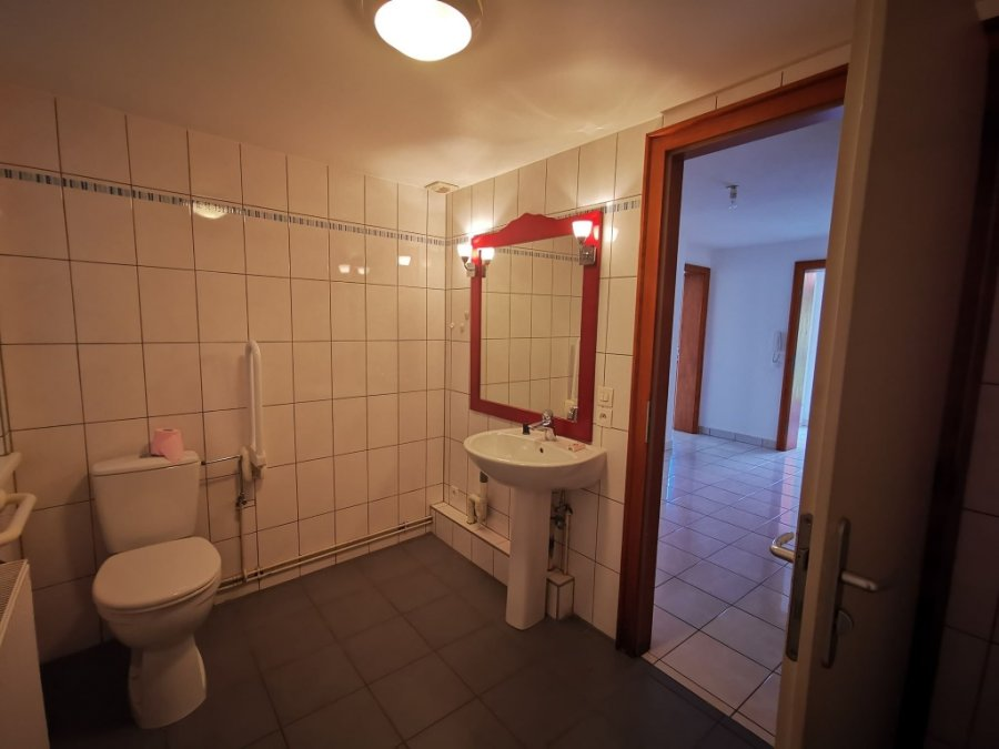louer appartement 3 pièces 91.55 m² issenhausen photo 4