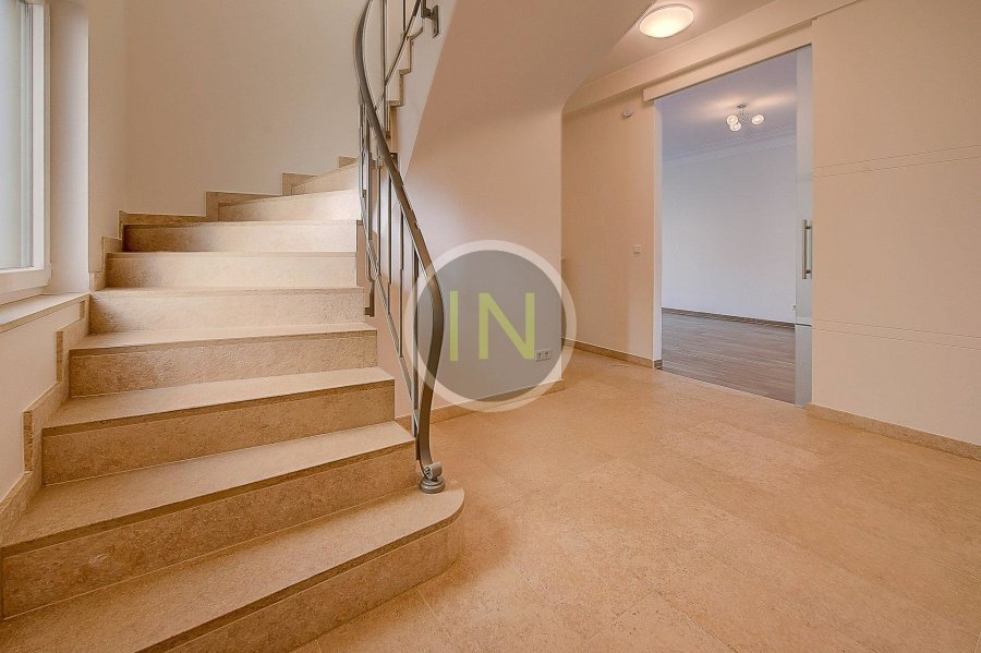 louer maison 5 chambres 206 m² luxembourg photo 2