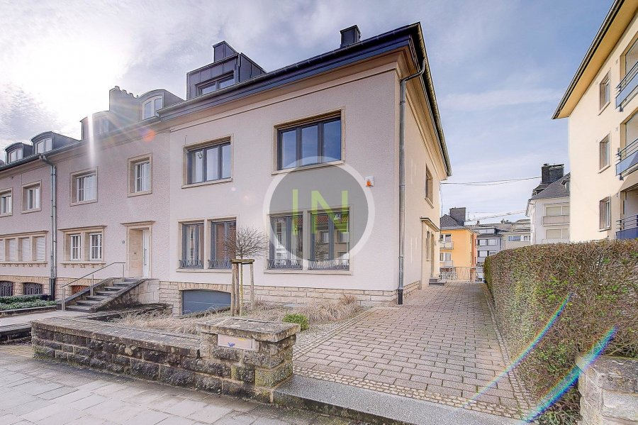 louer maison 5 chambres 206 m² luxembourg photo 1