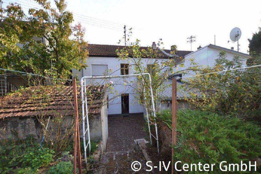 haus kaufen 7 zimmer 150 m² schwalbach foto 2