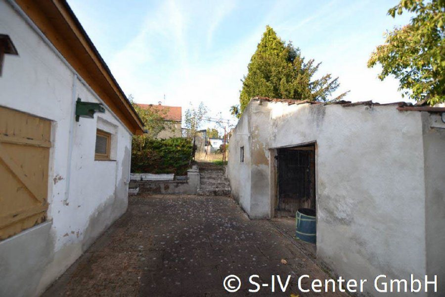 haus kaufen 7 zimmer 150 m² schwalbach foto 3