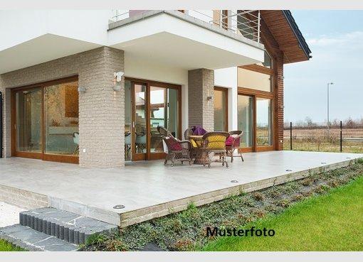 Haus zum Kauf 8 Zimmer in Essen (DE) - Ref. 7177948