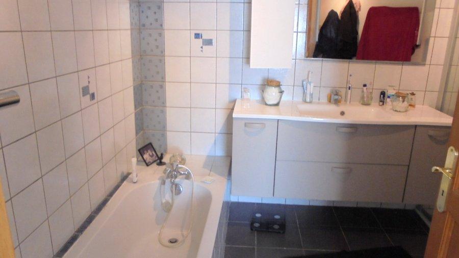 Maison individuelle à vendre F8 à Secteur résidentiel et très prisé.
