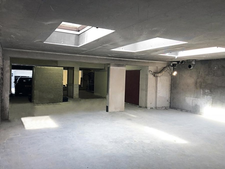 louer local commercial 0 chambre 392 m² luxembourg photo 3