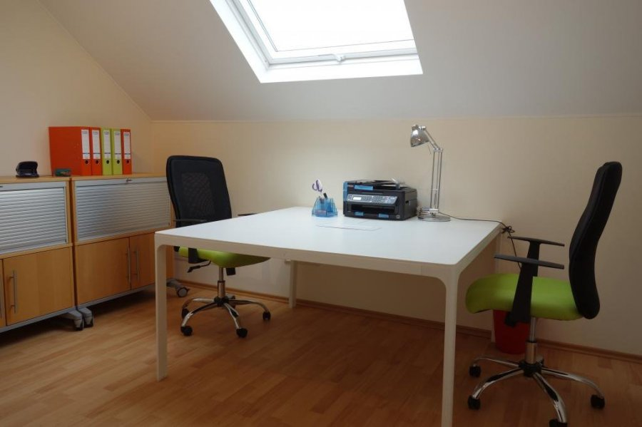 louer bureau 0 chambre 14 m² mamer photo 3