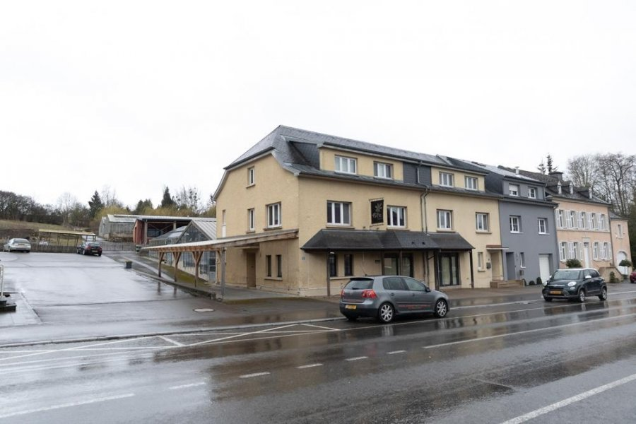 louer local commercial 0 chambre 341 m² junglinster photo 1
