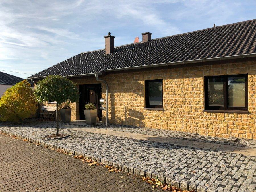 bungalow kaufen 7 zimmer 189 m² merzig foto 1