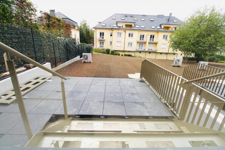 Maison mitoyenne à louer 5 chambres à Luxembourg-Belair