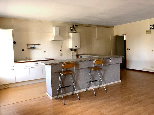 Appartement à louer F3 à Aulnois-sur-seille